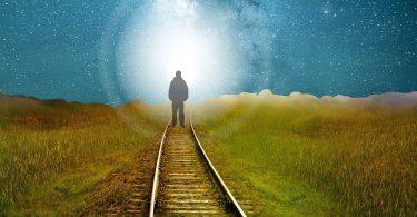 מסעה של הנשמה לאור